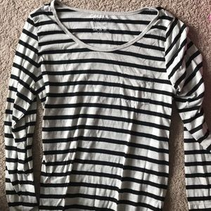 Tops - Classic striped black and white long sleeve